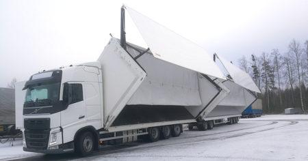Toplift toimittaa L.H. Timonen Oy:lle raskasta kalustoa teollisuuden kuljetuksiin.
